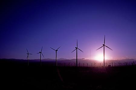 新能源汽车产业发展:这些问题亟需解决